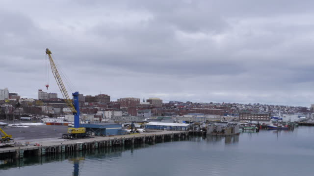 tl zoom in day downtown portland maine - spoonfilm stock-videos und b-roll-filmmaterial