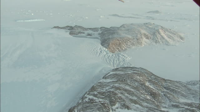 zoom in on hamna icefall antarctic - icefall stock videos and b-roll footage