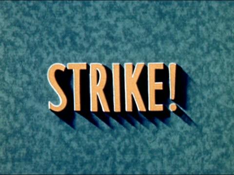vídeos de stock e filmes b-roll de 1945 zoom in strike! title/ audio - ponto de exclamação