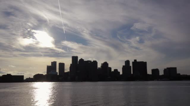 tl zoom in sunset skyline boston, usa - spoonfilm stock-videos und b-roll-filmmaterial
