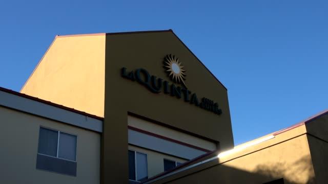 Zoom in to logo on facade of LaQuinta Inn hotel in Dublin California 2018