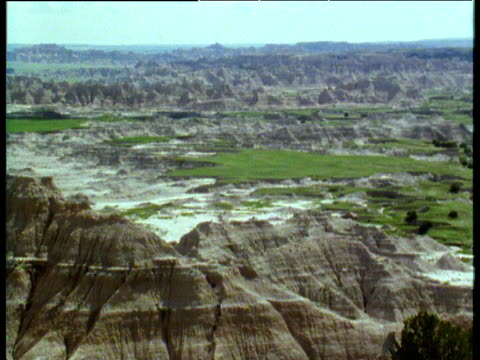 Zoom out from Badlands of South Dakota