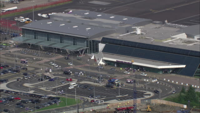 zoom out from entrance of newcastle international airport available in hd. - tyne and wear stock videos & royalty-free footage