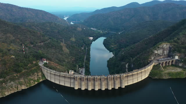 zoom out of great concrete dam - majestic stock videos & royalty-free footage
