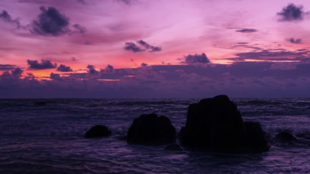 4k zoom out timelapse. rocks on beautiful paradise beach at phang-nga bay, thailand. - high dynamic range imaging stock videos and b-roll footage