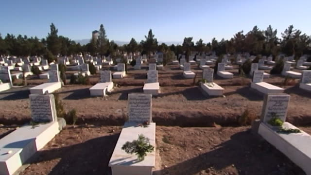 zoroastrian cemetery yazd. high-angle wide view of the cemetery. - yazd province stock videos & royalty-free footage