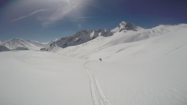 vídeos de stock, filmes e b-roll de zugspitze ski16 - montanha zugspitze