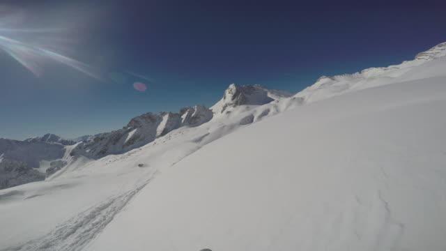 vídeos de stock, filmes e b-roll de zugspitze ski6 - montanha zugspitze