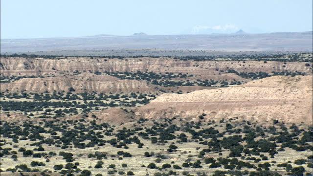 stockvideo's en b-roll-footage met zuni reserveren - luchtfoto - arizona, apache county, verenigde staten - zuni