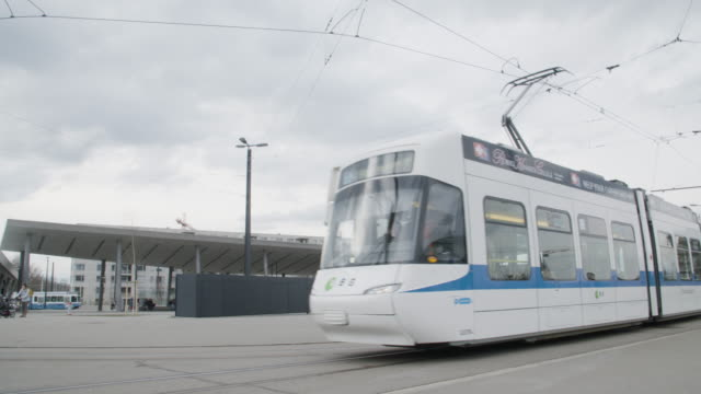 zurich public transport - tram stock-videos und b-roll-filmmaterial